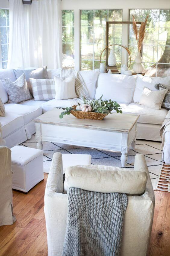 Decorate Your Own Cozy Cottage Style Home This Fall Ispiri